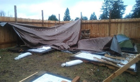 THP-Rain_snow_collapsed_tents